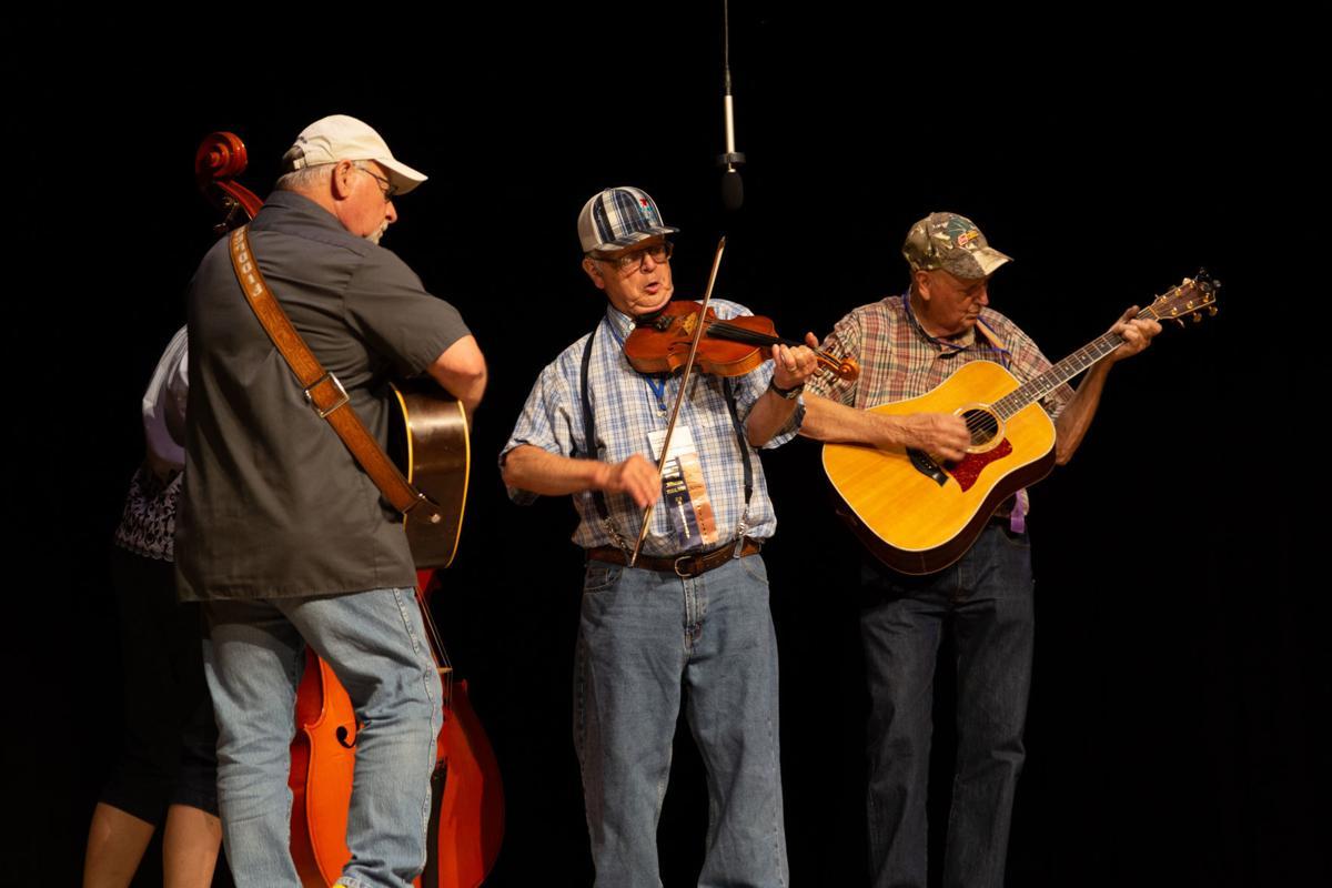 Mengenal Lebih Dalam Tentang Festival Ole Time Fiddler dan Bluegrass