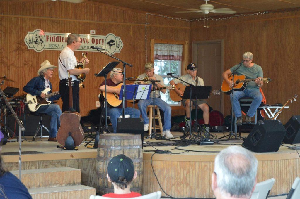 Beberapa Tips untuk Berkompetisi di Festival Musik Fiddler's Grove
