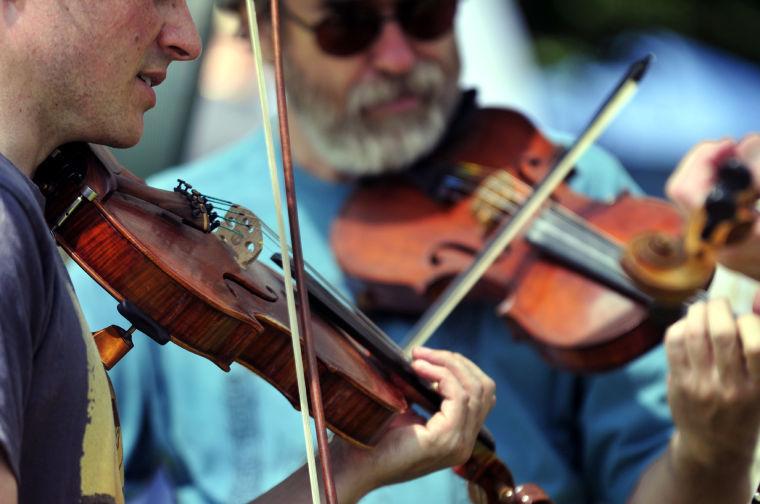 Ragam Kegiatan yang Dapat Pengunjung Lakukan Ketika Mendatangi Festival Musik Fiddler's Grove
